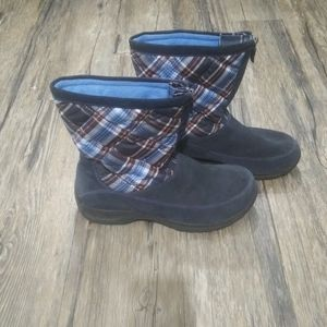 Lands End Boots Size 11B Plaid Quilted Blue Suede